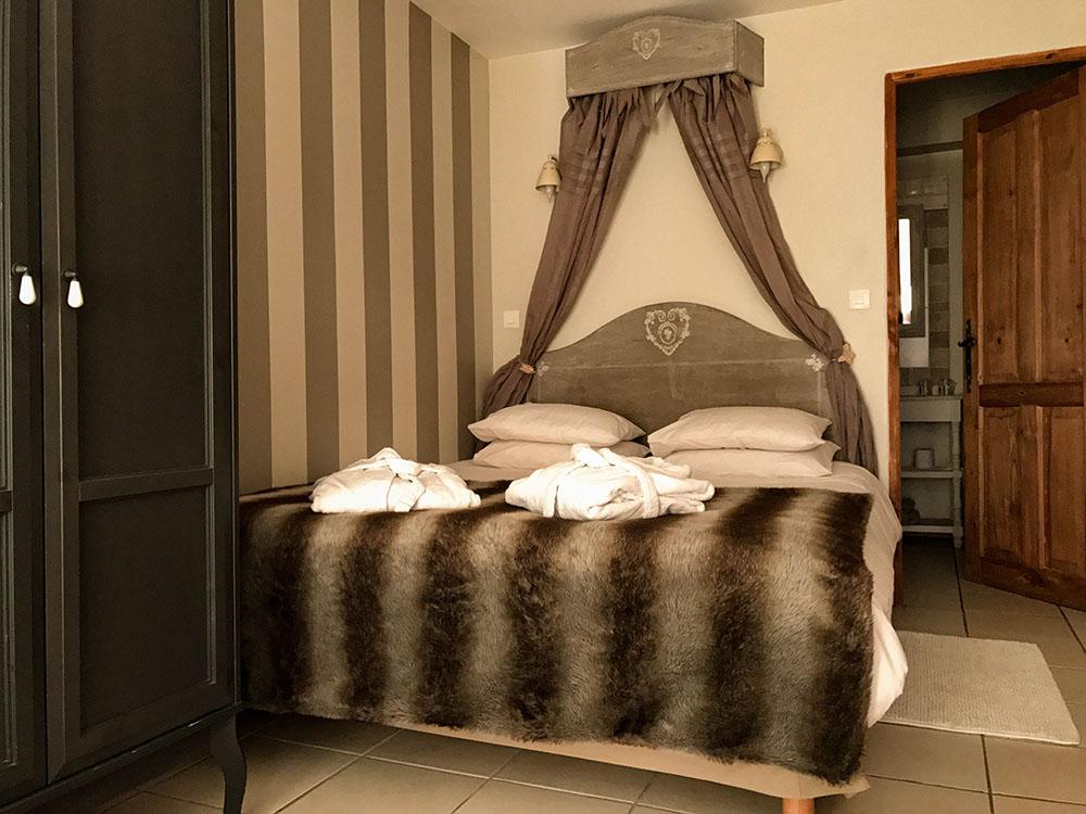 La Cle des Bois - Chambres d'hôtes à Bourg d Oisans - Chambre cristal 1