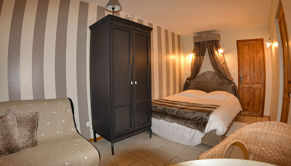 La Cle des Bois - Chambres d'hôtes à Bourg d Oisans - Chambre cristal - lit 2