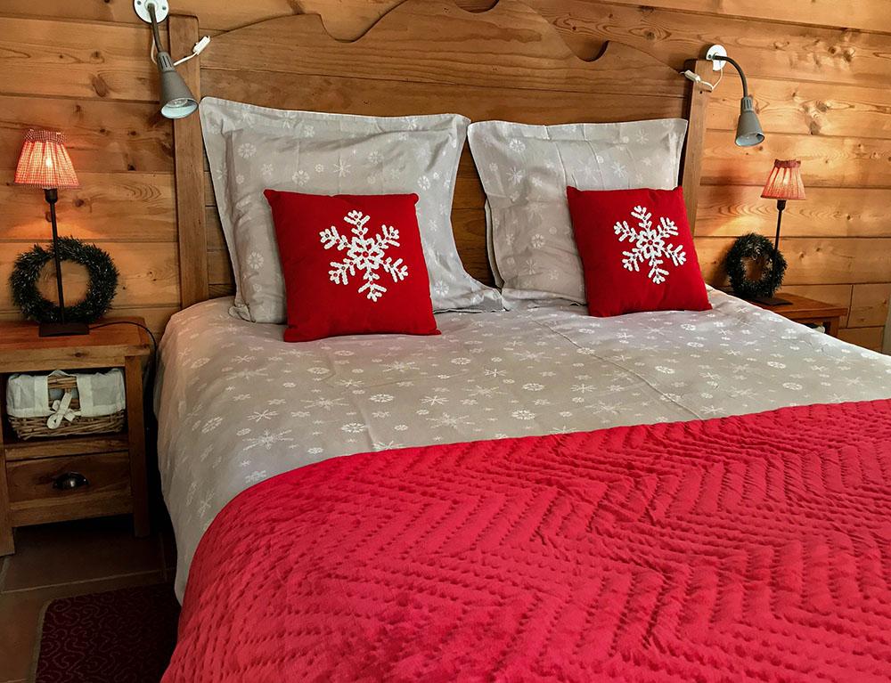 La Cle des Bois - Chambres d'hôtes à Bourg d Oisans - Chambre sapin - lit
