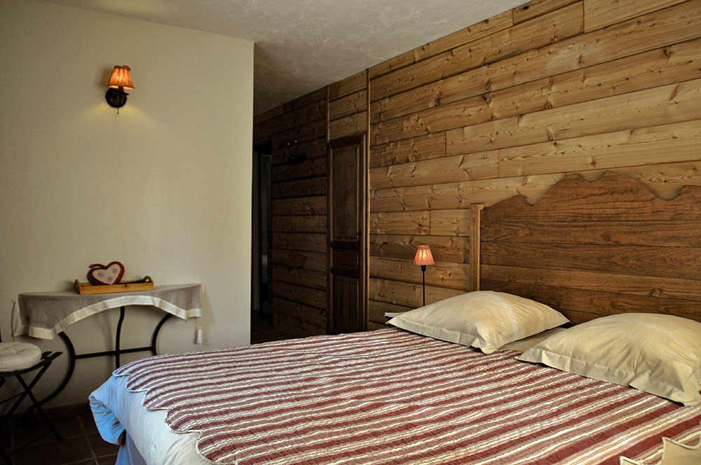La Cle des Bois - Chambres d'hôtes à Bourg d Oisans - Chambre sapin