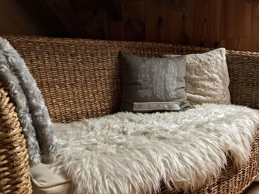 La Cle des Bois - Chambres d'hôtes à Bourg d Oisans - Suite alpage - banc